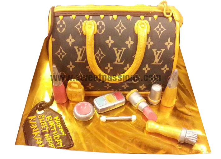 Louis Vuitton Purse With Make Up