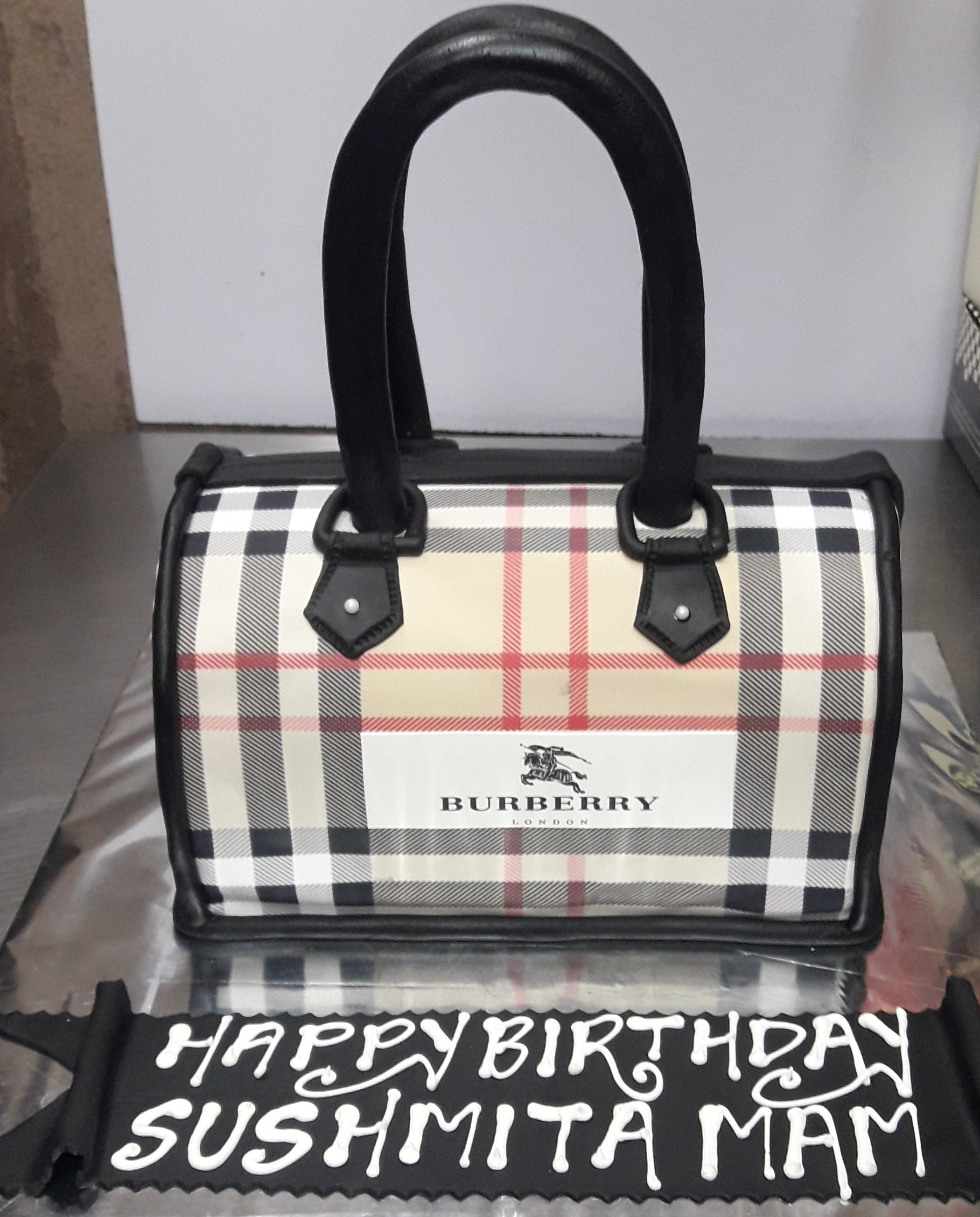 Burberry Bag Cake